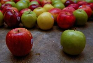 rode, groene en gele appels